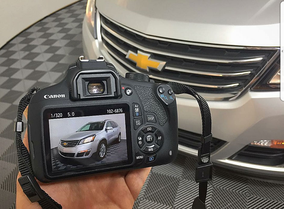 Amazing Car photo studio, worst camera